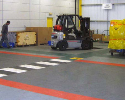 Autószerelő műhely padló